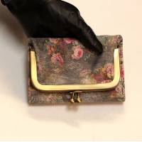Evanna Clip Small Wallet Floral 21 Greyish Printed Leather Vintage Style