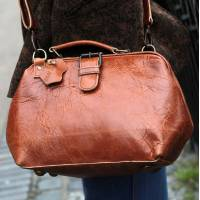 Doctor Bag Small  Tan Scrunchy Leather with back pocket