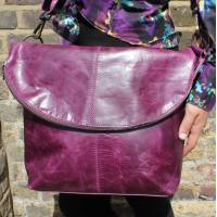 Dublin Large Zip Bag Purple Leather