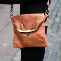 Mini Clip Bag Tan Scrunchy Leather