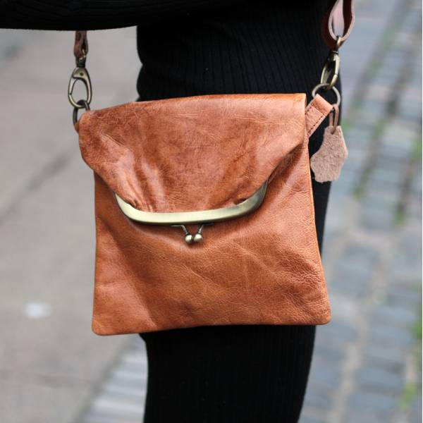Dublin Mini Clip Bag Tan Scrunchy Leather