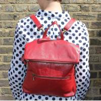 Convertible Ruckbag Red Leather
