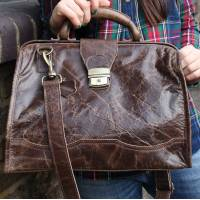 Doctor Bag Medium Leather