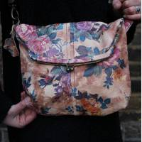 Medium Clip Bag Floral Leather