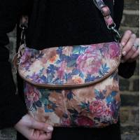 Medium Zip Bag Floral 14 Leather