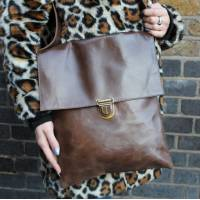 Large Envelope Messenger Brown Pushthrough fitting