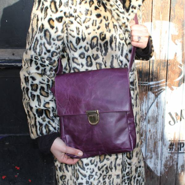 Envelope Medium Purple Leather Bag
