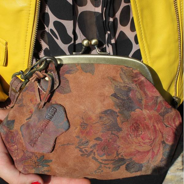 Evanna Clip And Clutch Dark Floral Leather Small