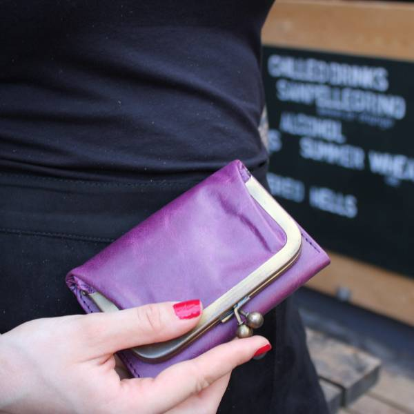 Evanna Clip Wallet Purple Leather