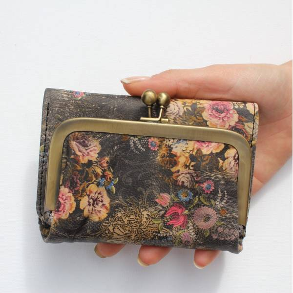 Evanna Clip Wallet Vintage Floral Print Leather