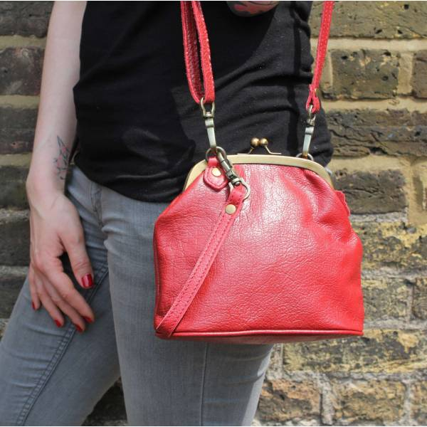 Evanna Clip Bag With Floor Red Leather