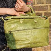 Gertrude Medium Apple Green Holdall