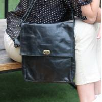 Envelope Medium Bag Black