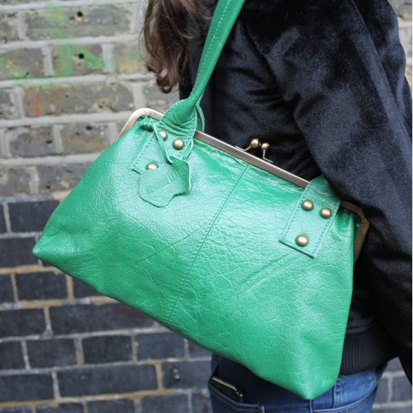 Doris Shoulder Bag Clipframe Irish Green