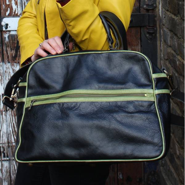 Tote Black Leather With Apple Green
