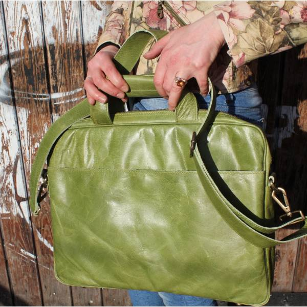 Laptop Bag Berlin In Apple Green Leather