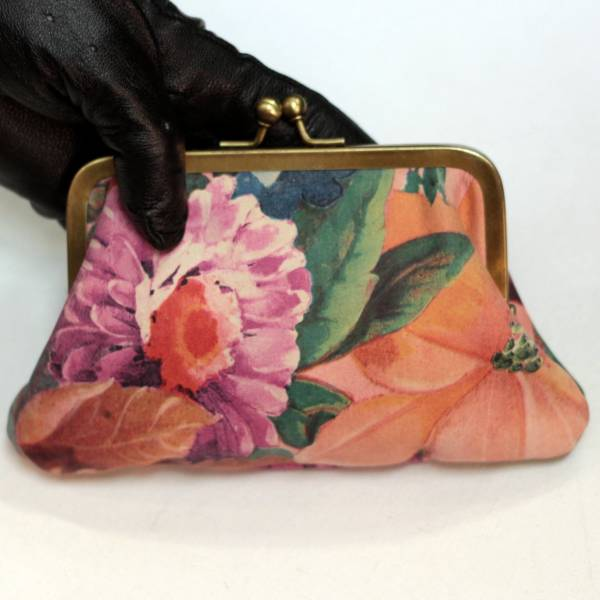 Miriam Frame Purse large pink floral leather with card spaces