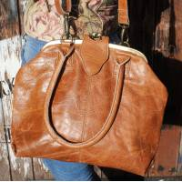 Lucy Frame Bag Tan Scrunchy Leather