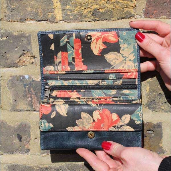 Madamzel multicolor Floral Wallet