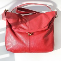 Dublin Medium Clip Bag Red Leather