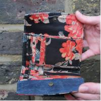 Meirn multicolor Floral Leather Wallet