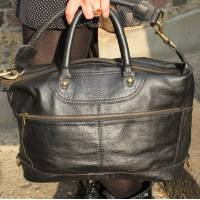 Gertrude Small Black Waxy Leather Holdall