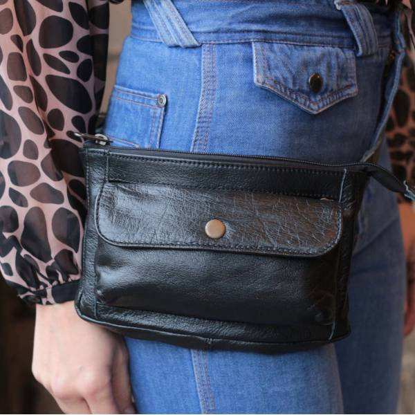 Neus Bumbag Multipocket or Fannypack Black Leather