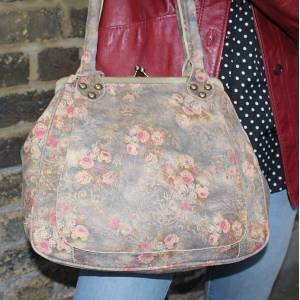 Perpetua Floral Printed N21 Leather Bag