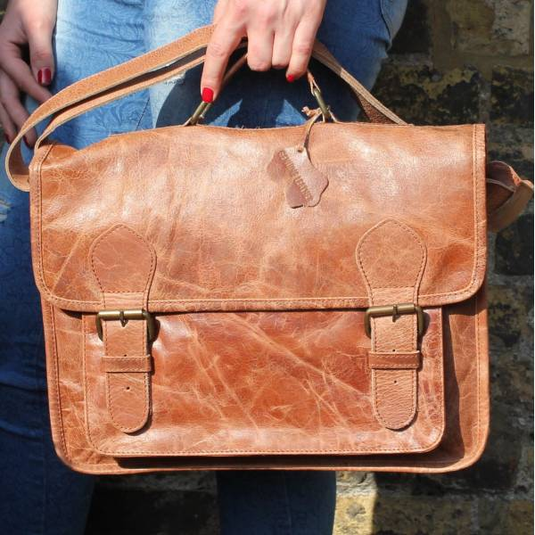 Satchel Double Buckle Dark Tan Scrunchy