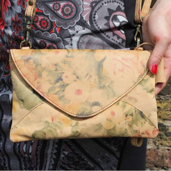 Clutch Floral Leather