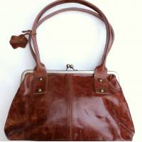 Doris Shoulder Bag Clipframe Tan Smooth Leather