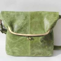 Dublin Large Clip Bag Apple Green Leather