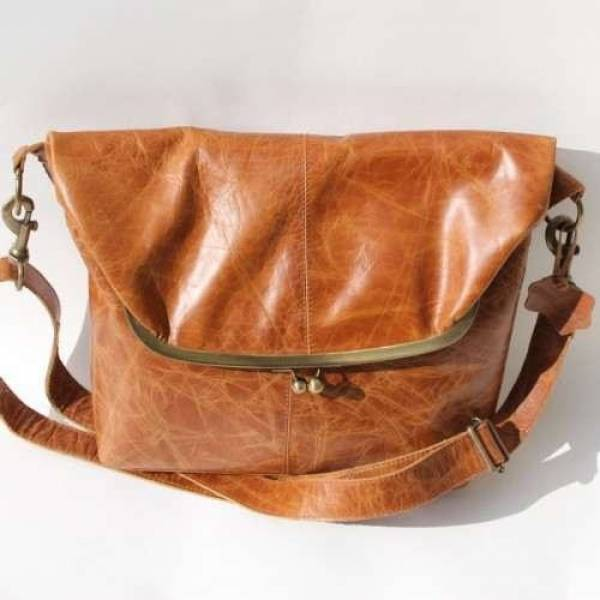 Large Clip Bag Tan Smooth Leather