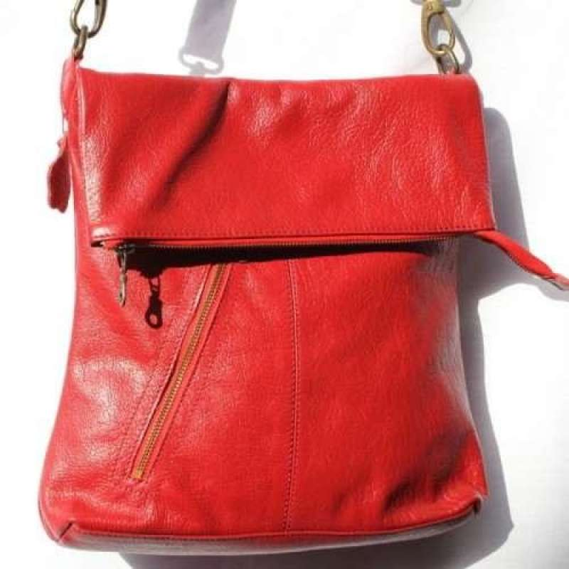 Amelie Red Leather Messenger Bag