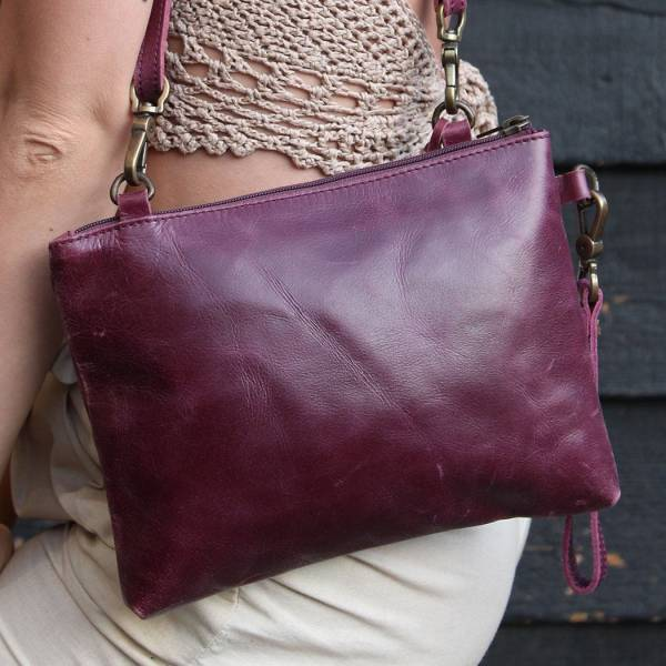 Sleeve Purple Clutch bag