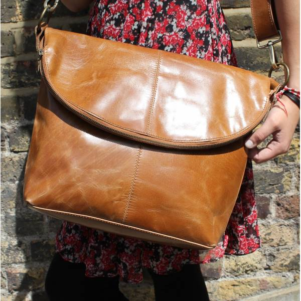 Dublin Large Zip Bag Tan Smooth Leather