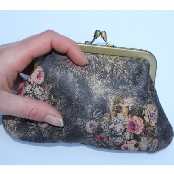 Large Miriam Vintage Floral Kiss Clip Purse